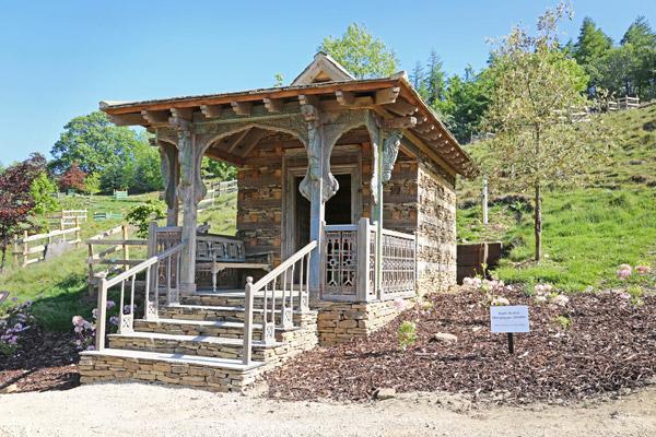 Himalayan Garden Kath-Kuhni Shelter